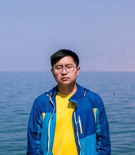 Hongyi Duan '21 portrait