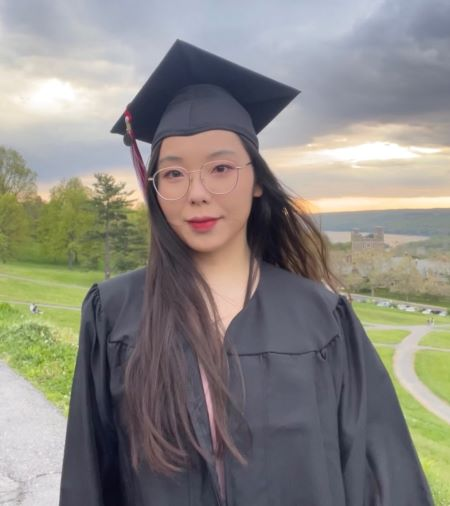 Helen Wang '21 portrait